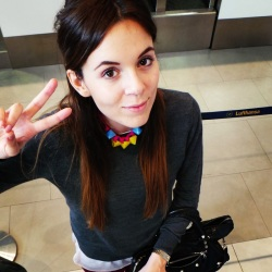 Love this picture of Irene's Closet travelling with Gemstudio's Pyramid necklace!